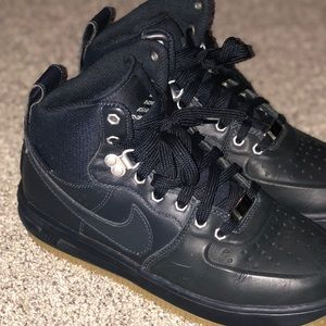 5.5 Youth Nike LunarForce Duckboots